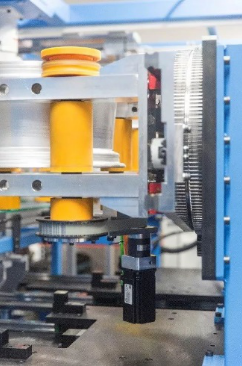 复杂的试验机器.png
