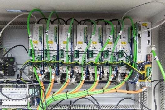 皮尔磁控制系统.png